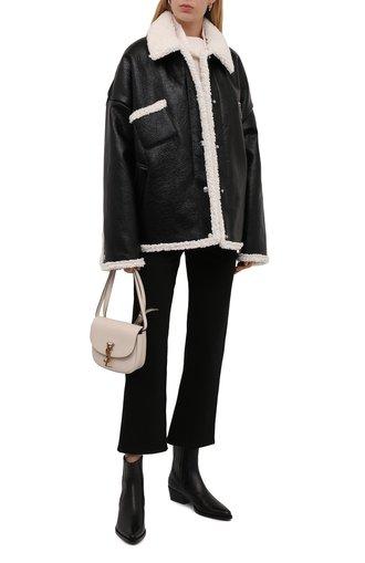 Женская куртка KHRISJOY черного цвета, арт. CFPW015/SHNY   Фото 1 (Материал подклада: Синтетический материал; Материал утеплителя: Пух и перо; Материал внешний: Синтетический материал; Длина (верхняя одежда): Короткие; Рукава: Длинные; Стили: Гламурный; Кросс-КТ: Куртка)